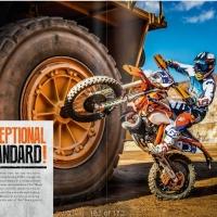 Jeszcze gorący katalog z kolekcją KTM PowerWear 2016!