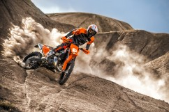 143517_KTM EXC MY 2017 Action