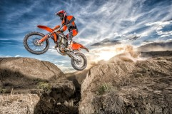 143545_KTM EXC MY 2017 Action