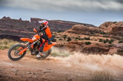 143550_KTM EXC MY 2017 Action