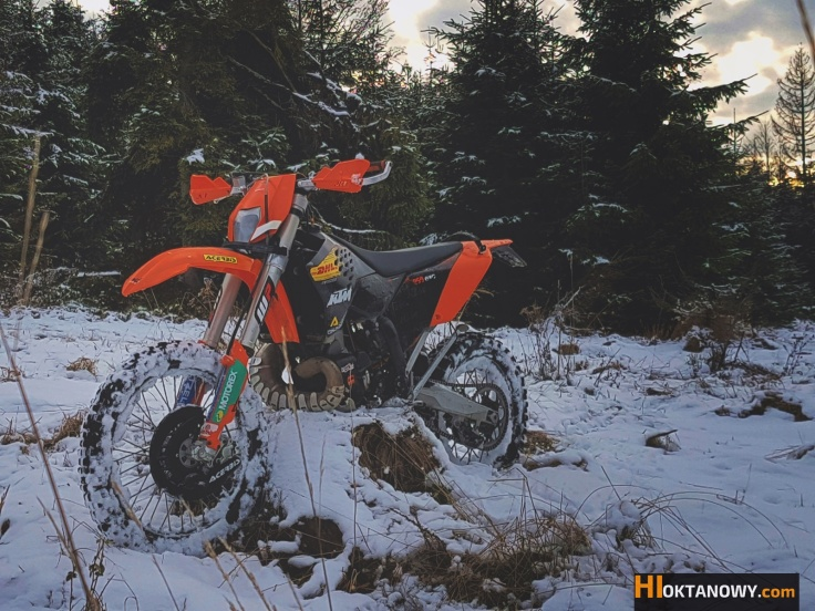 hioktanowy-com-winter-fun-ktm-yamaha-hi-brothers-5