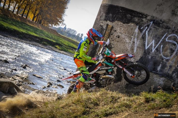 oskar-kaczmarczyk-trening-sesja-foto-ktm-250-exc-tpi-2018-team-ktmsklep.pl-foto-www-hioktanowy.com (1)